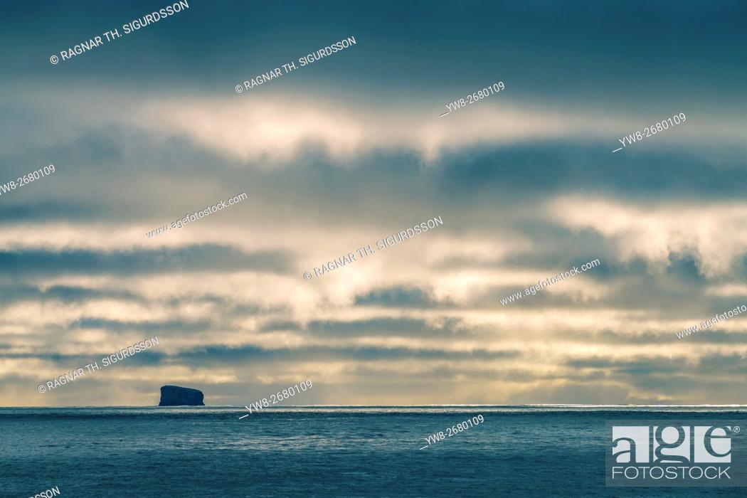 Stock Photo: Eldey Island, Reykjanesta, Reykjanes Peninsula, Iceland.