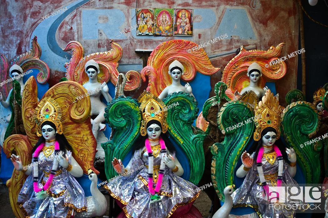 Stock Photo: Workshop where are made Sarasvati idols before the Sarasvati puja, one of the main hindu festival ( Jharkhand, India).