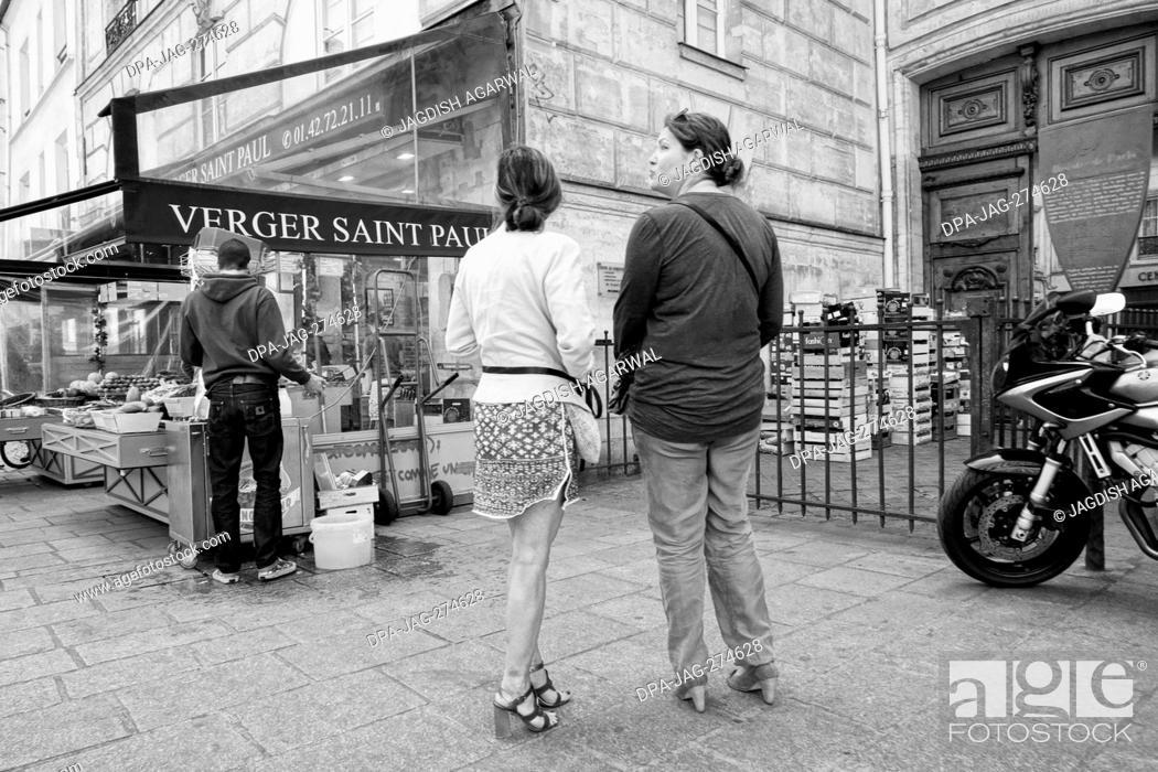 Stock Photo: Verger Saint Paul, Vegetable shop, Rue Saint Antoine, Paris, France, Europe.