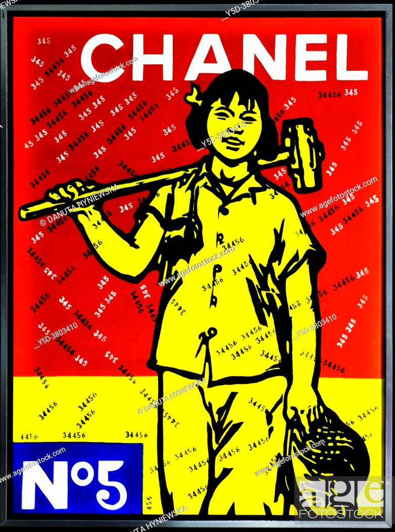 Imagen: Wang Guangyi - Chinese Political Pop artist, in his paintings, he combines Maoist-era propaganda melded with Western-style advertisements of companies like.