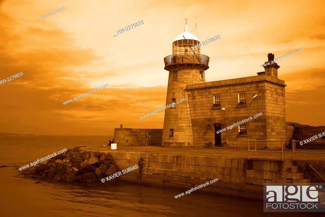 Stock Photo: Lighthouse, Howth, Dublin, Leinster, Ireland.