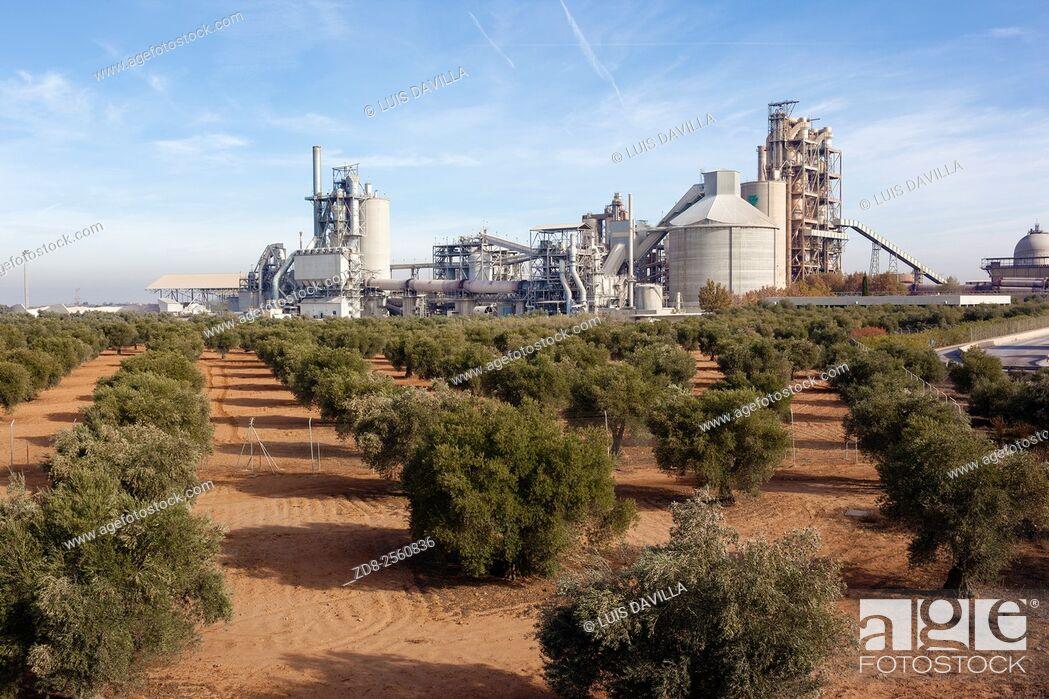 Imagen: 'Portland' cement factory. Morata de Tajuña. Madrid, Spain.