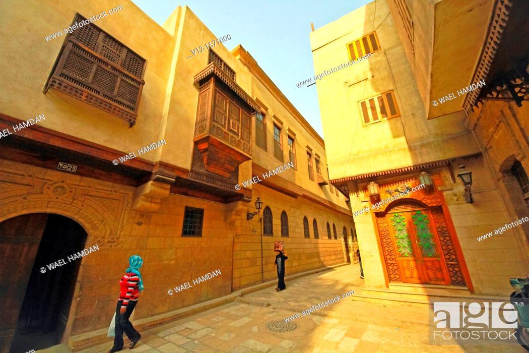 Stock Photo: Arabic house (Bayt Al-Suhaymi)house of Al-Suhaymi, It was originally built in 1648 by Abd el-Wahab el-Tablawy, Darb al-Asfar , City of Cairo, Egypt,.