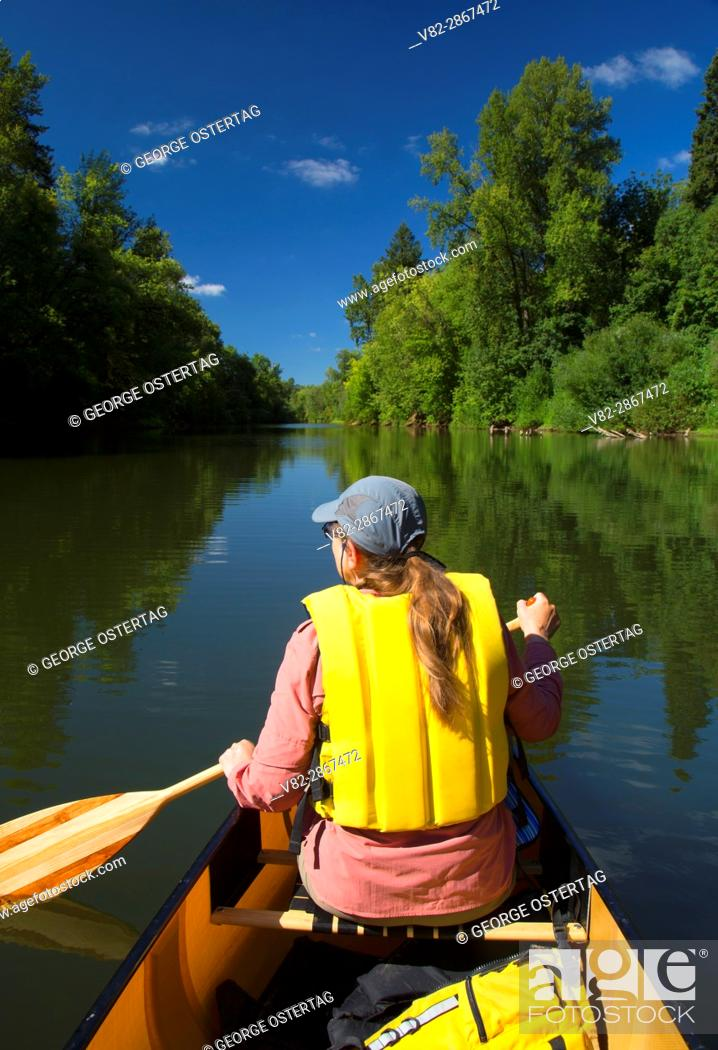 Stock Photo: Canoeing the Yamhill River, Dayton Landing County Park, Yamhill County, Oregon.