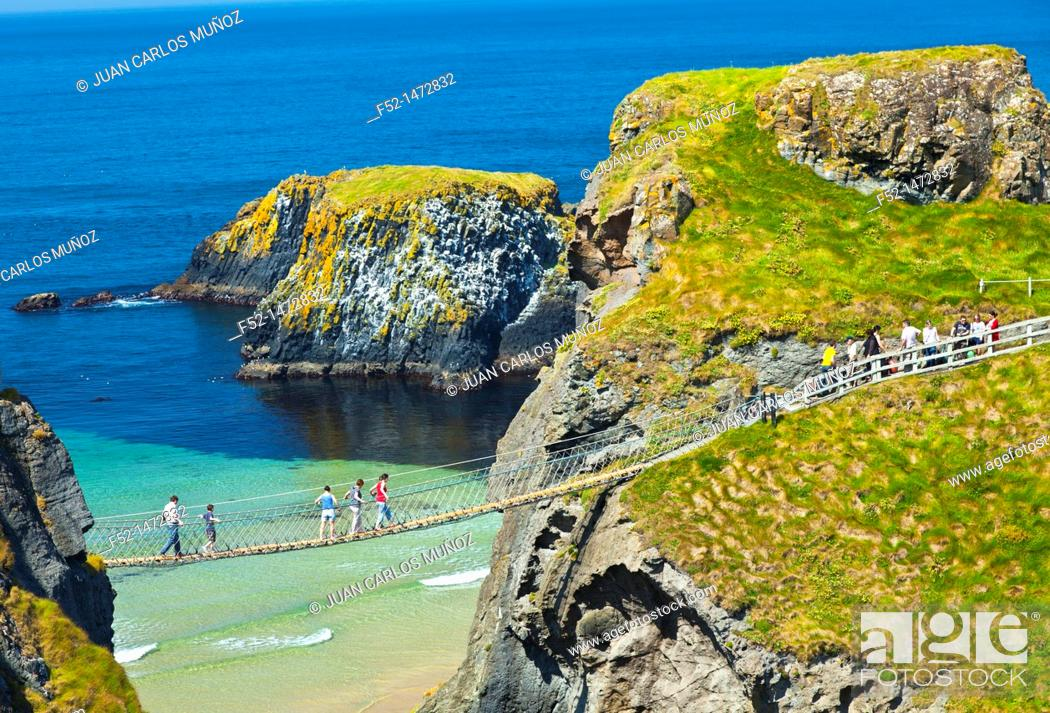 Imagen: Carrick-A-Rede Rope Bridge  Larrybane Bay  Causeway Coastal Route  Antrim County, Northern Ireland, Europe.