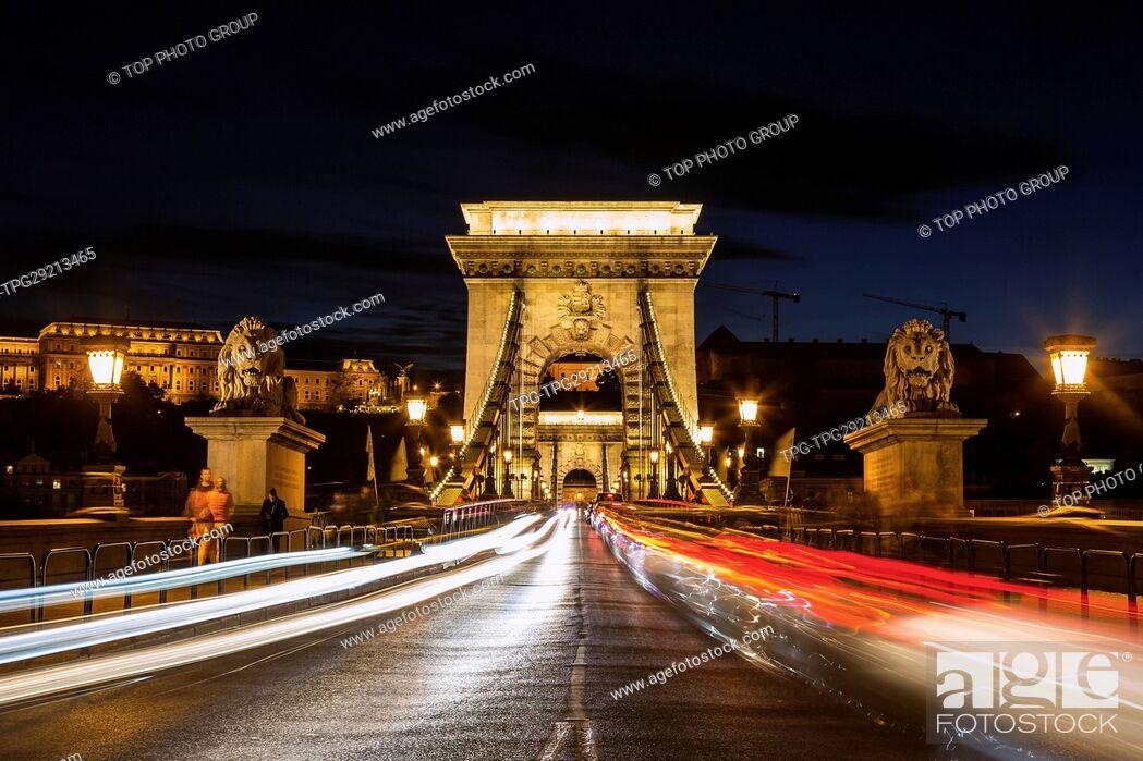 Imagen: Chain Bridge in Budapest.