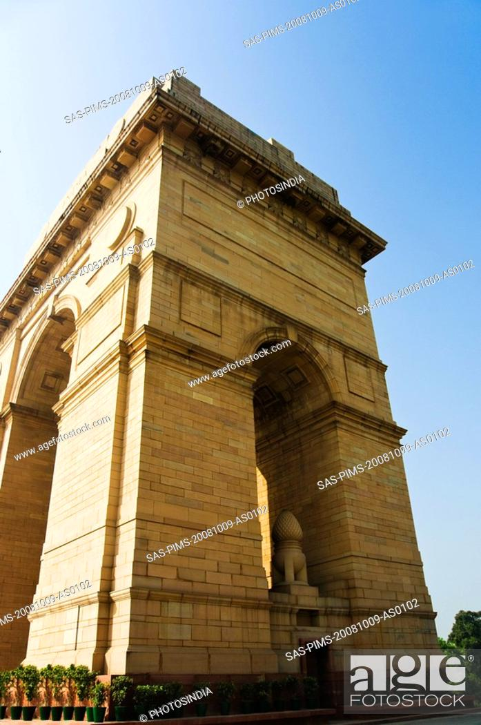 Stock Photo: Low angle view of a war memorial, India Gate, New Delhi, India.
