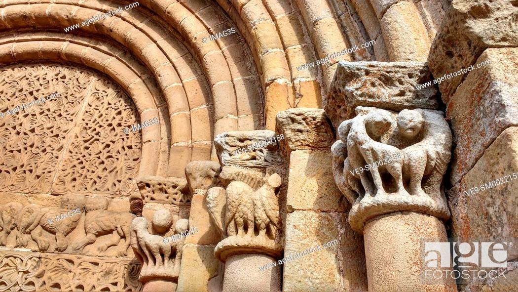 Imagen: Romanesque Collegiate Church of San Pedro (12th Century). Cervatos. Cantabria. Spain.