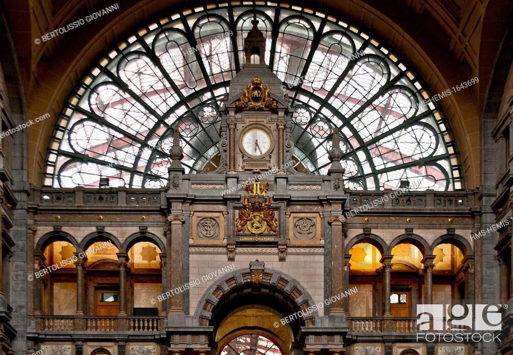Stock Photo: Belgium, Flanders, Antwerp, Antwerp Central Station.