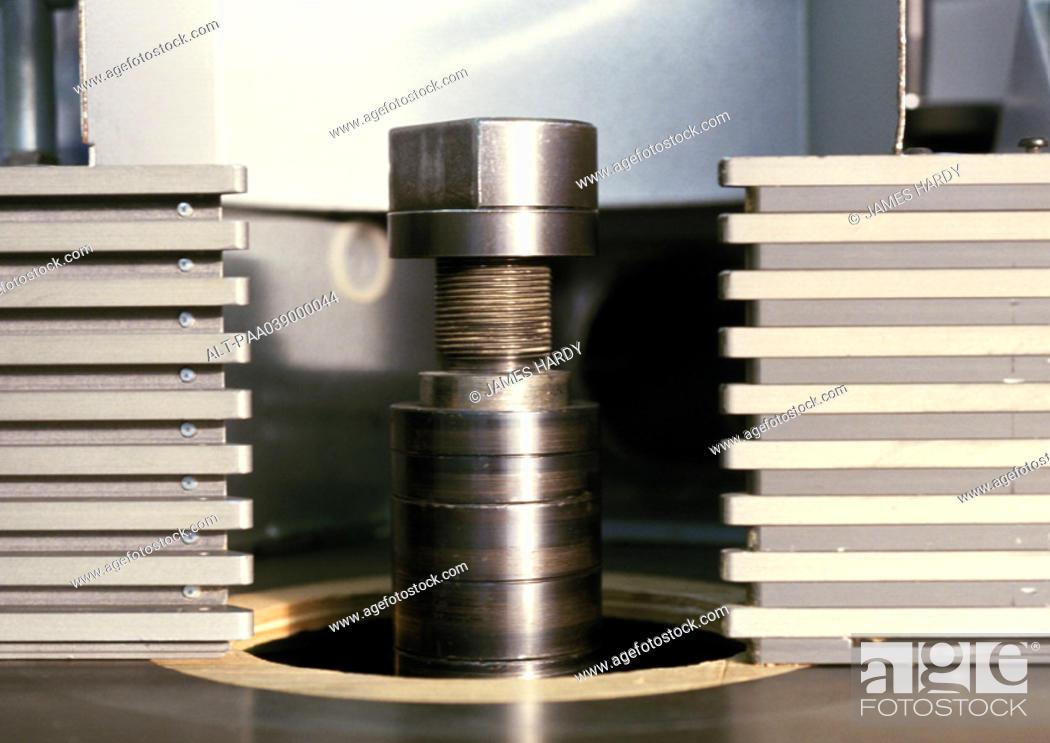 Imagen: Joiner's workshop device, close-up.
