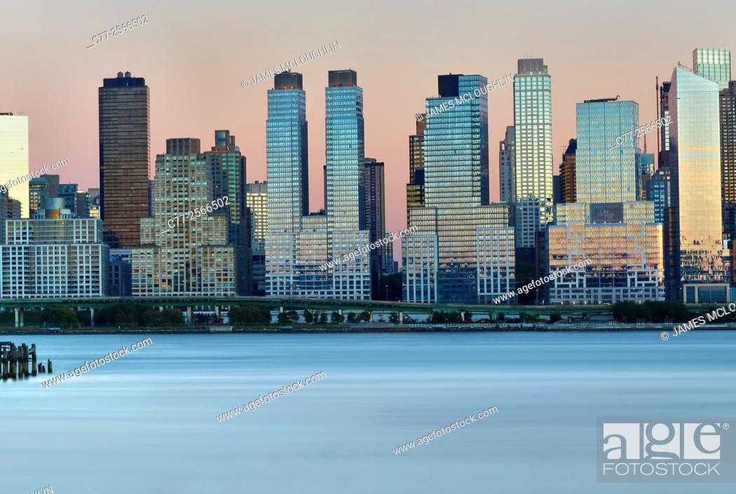 Stock Photo: New York City, Manhattan, Skyline, West Side.