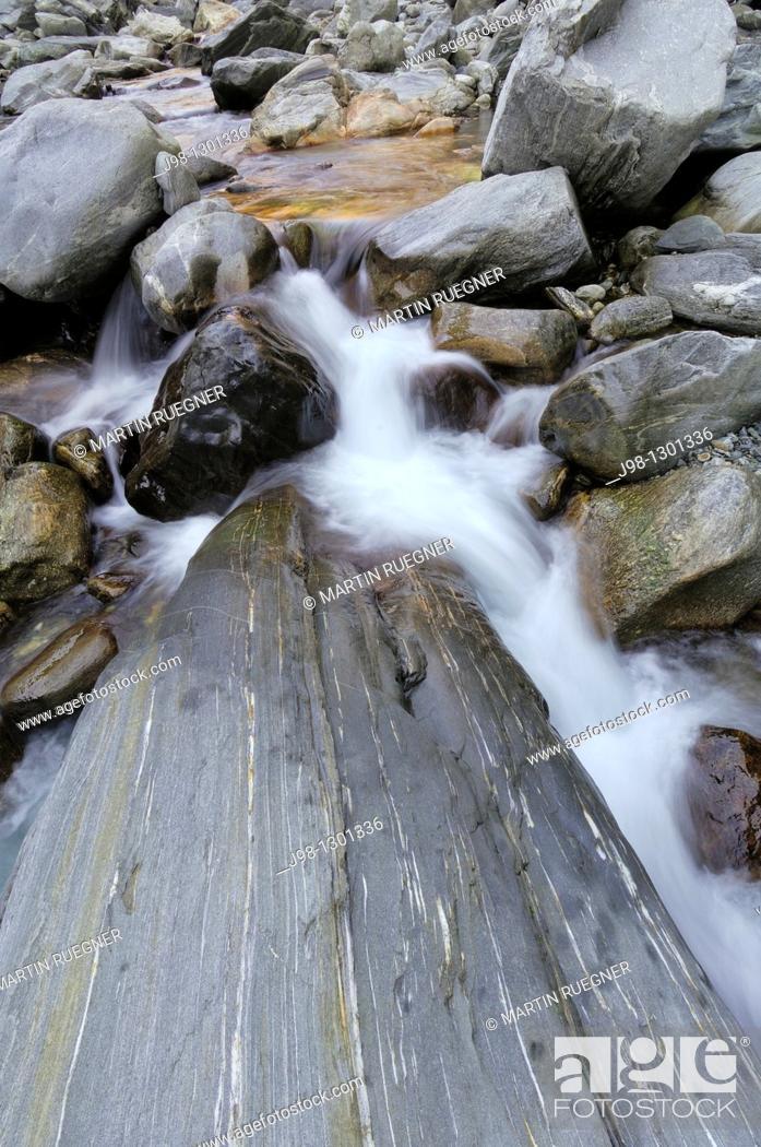 Stock Photo: Melezza River in Centovalli  Melezza River, Centovalli, Ticino Canton, Switzerland, Europe.