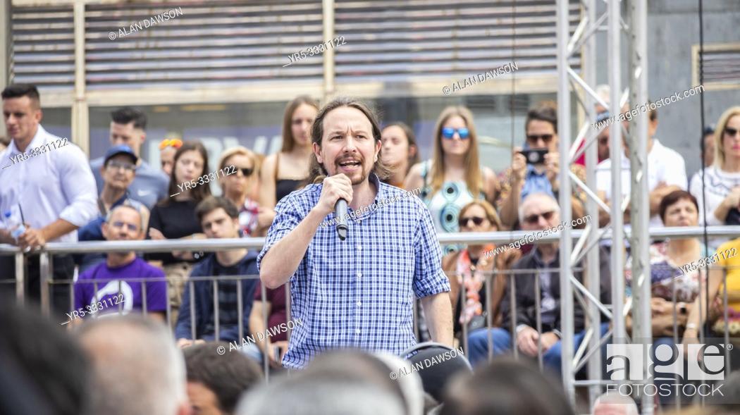 Imagen: Las Palmas, Gran Canaria, Canary Islands, Spain. 13th April 2019. Pablo Iglesias , leader of Podemos party, campaigns in Las Palmas, the capital of Gran Canaria.