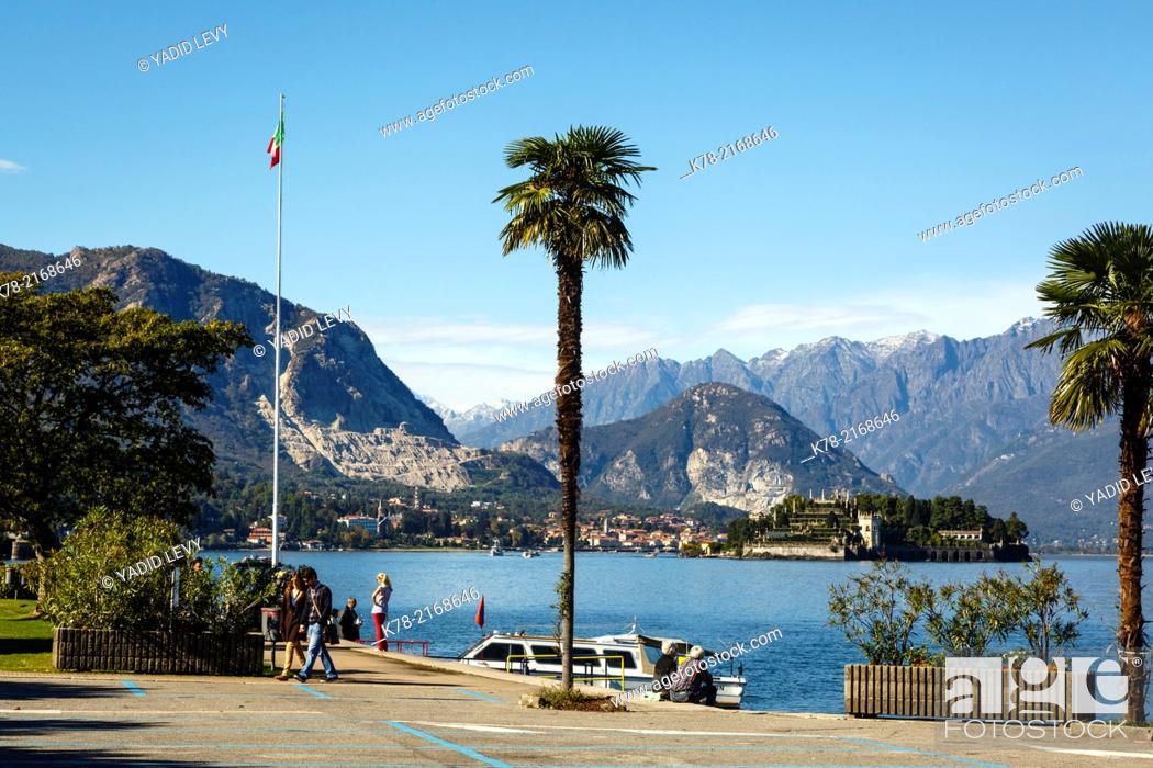 Stock Photo: Lake Maggiore, Piedmont, Italy.