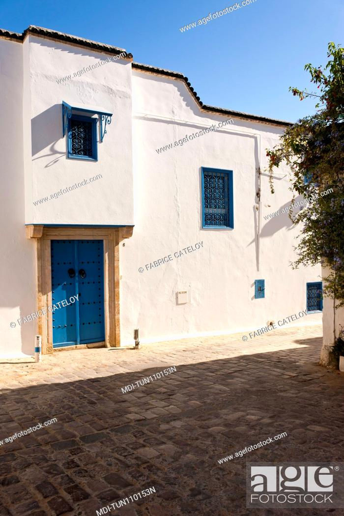 Imagen: Tunisia - Sidi Bou Said - House in the village.