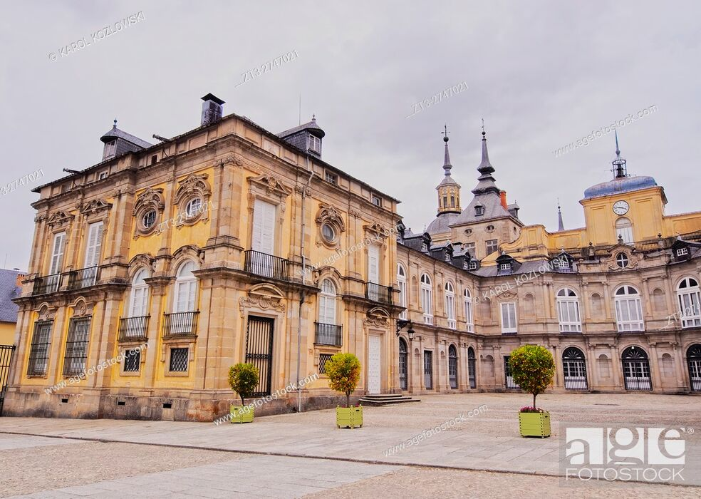 Stock Photo: Spain, Castile and Leon, Province of Segovia, San Ildefonso, View of the Royal Palace of La Granja de San Ildefonso. .