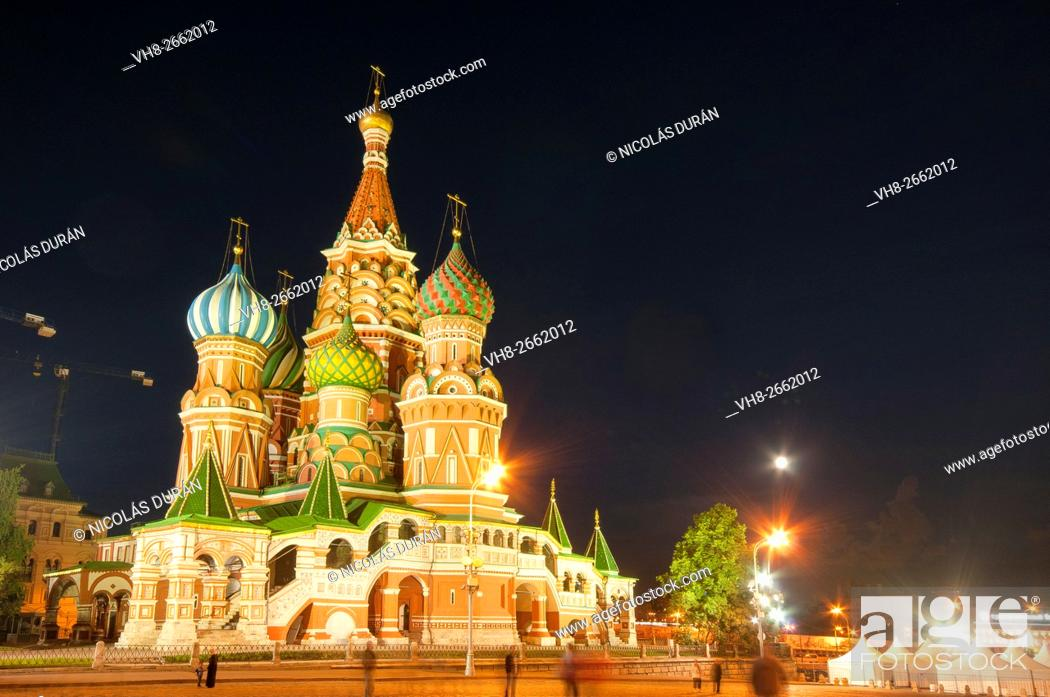 Stock Photo: St. Basil's Cathedral, Red Square, Moscow, Russia.