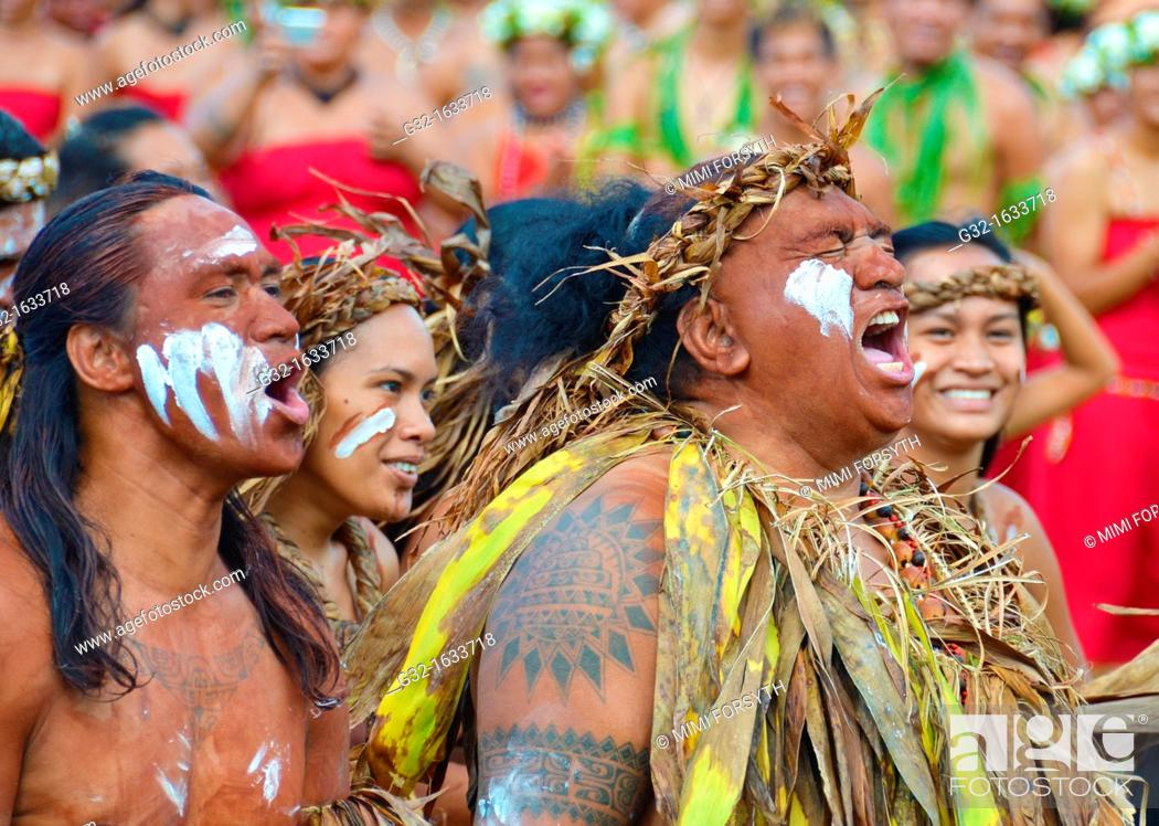 Stock Photo: Dancers from Rapa Iti, Austral Islands, French Polynesia.
