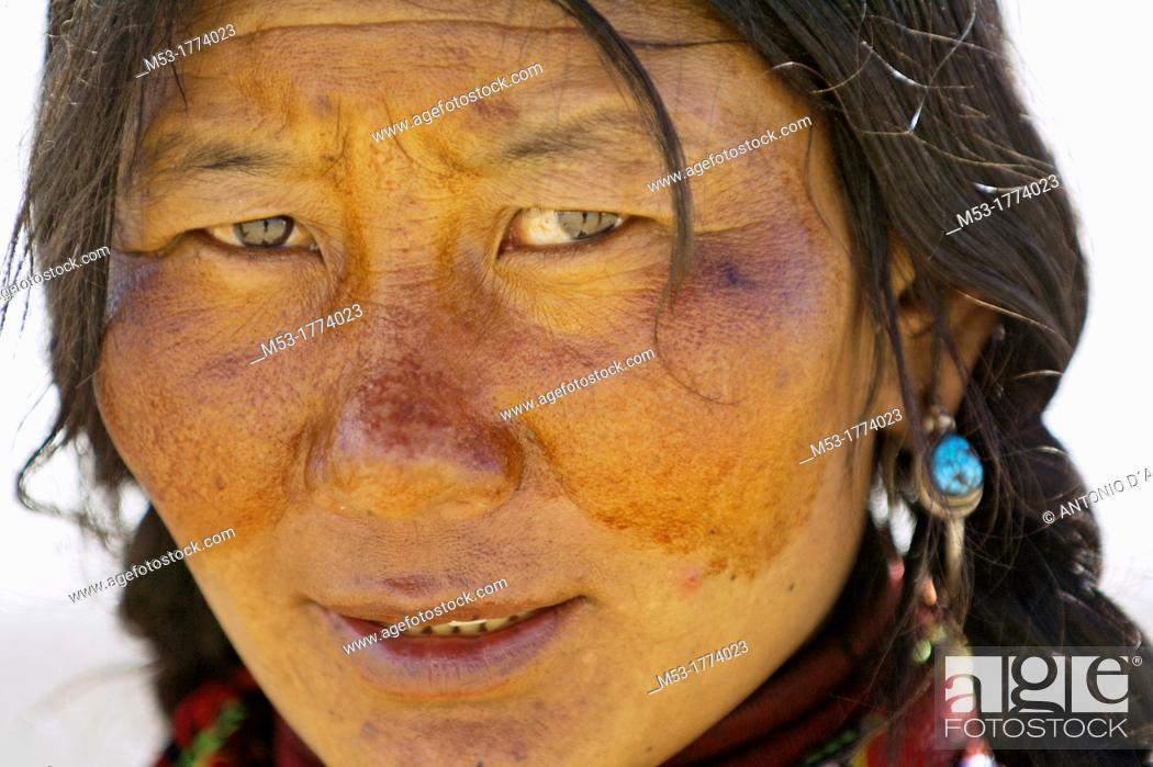 Stock Photo: A portrait of tibetan woman  Darchen  Ngari Prefecture  Tibet province  China  Asia.