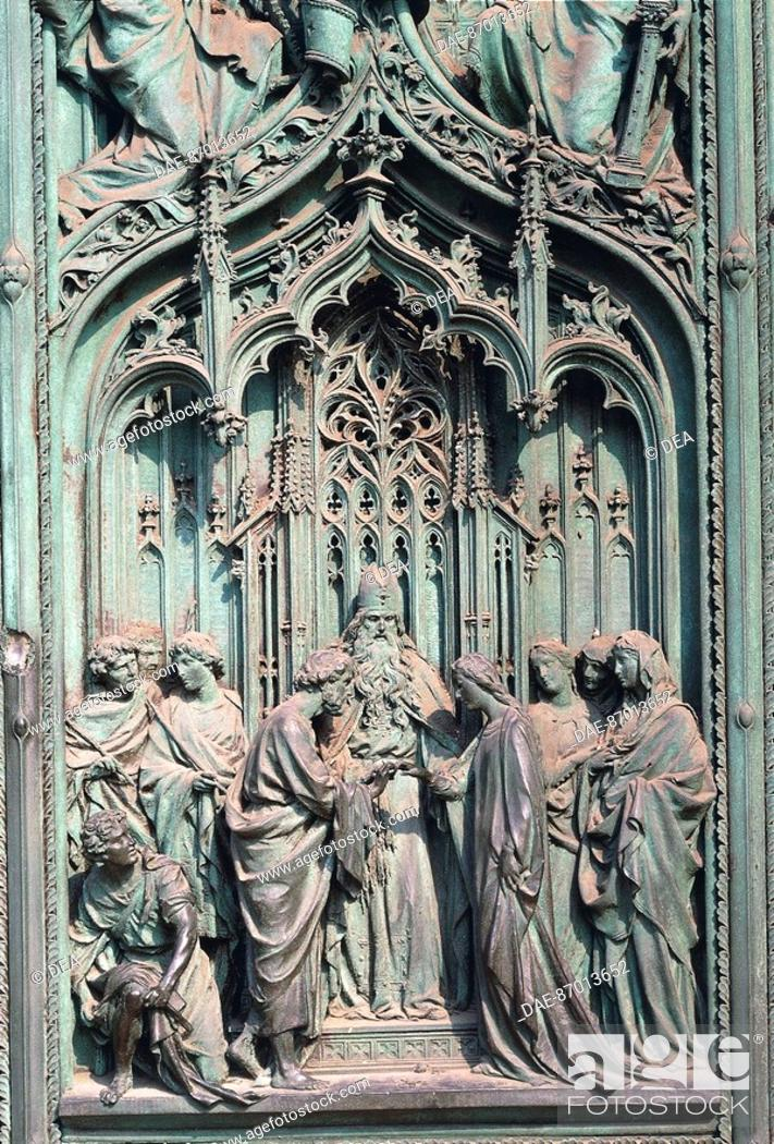 Stock Photo: Italy - Lombardy region - Milan. Cathedral, central portal. Detail.