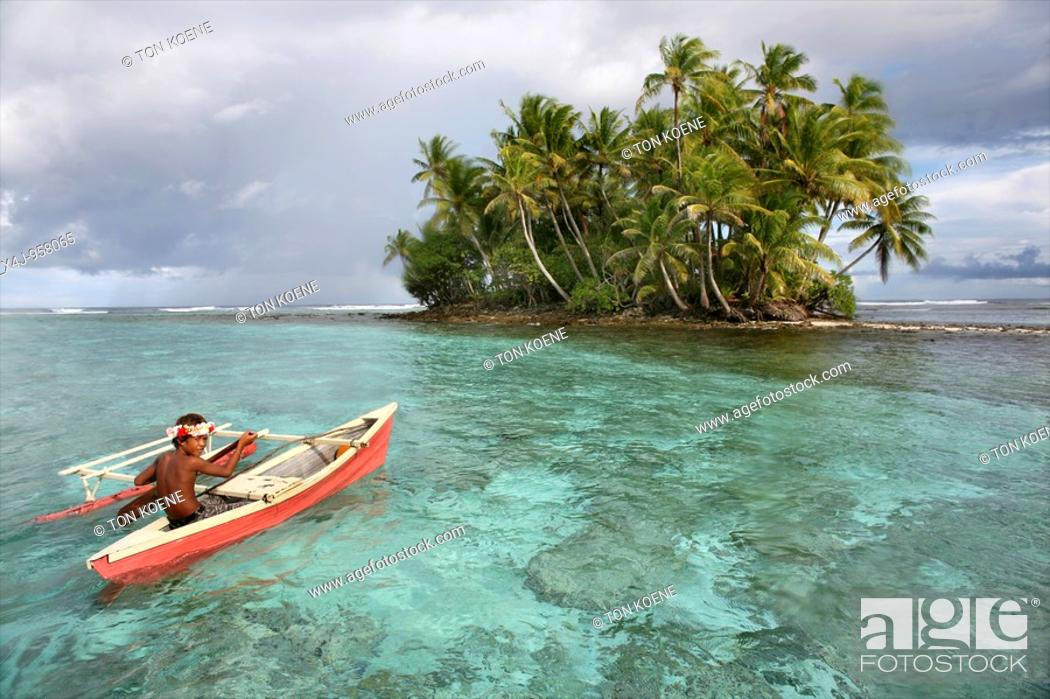 Photo de stock: Tuvalu island in the pacific ocean threatens to disappear in the next 50 years due to sea level rise.