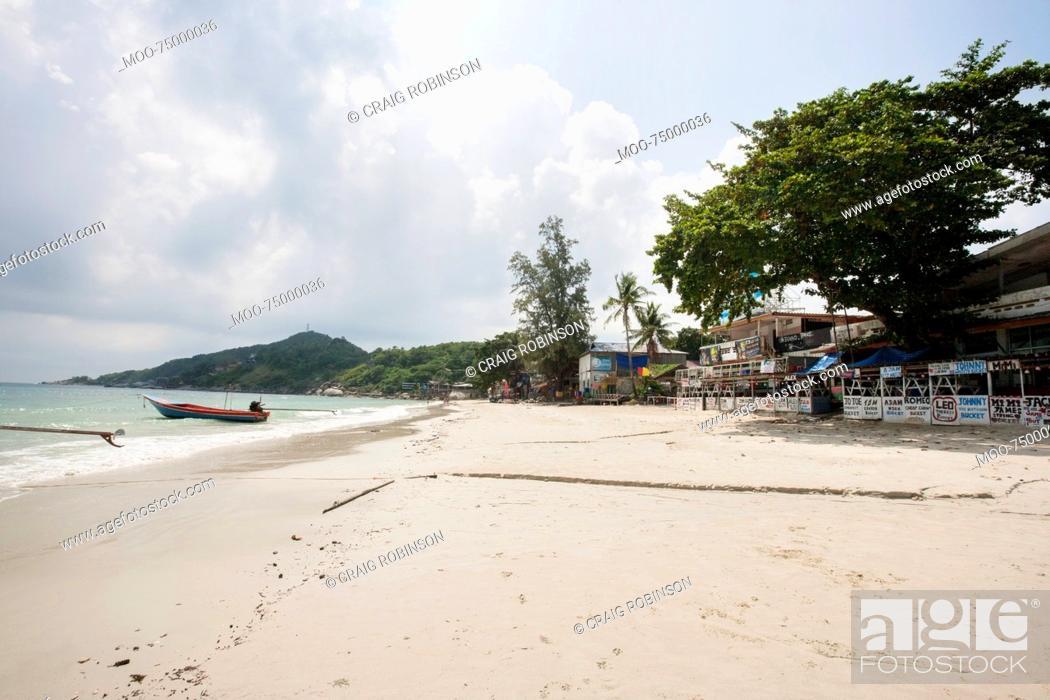 Stock Photo: View of Sunrise Beach on Koh Pha Ngan, Thailand.
