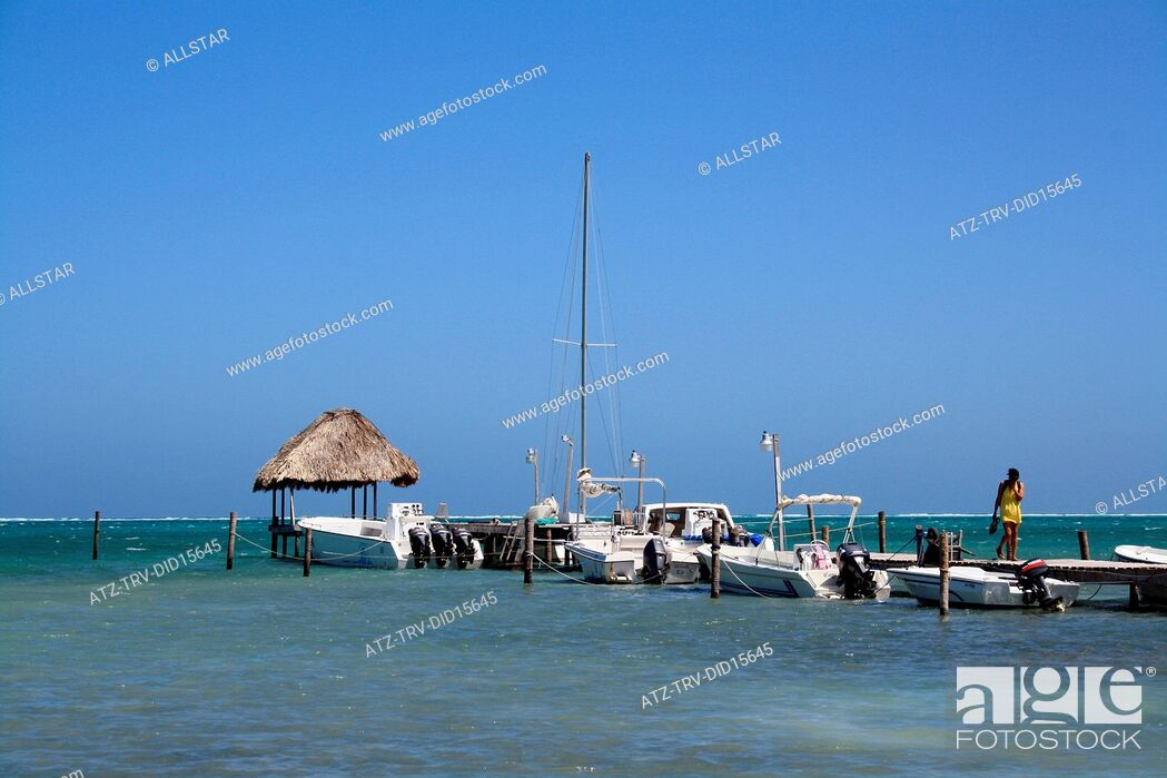 Stock Photo: CAYE CAULKER; NORTHERN CAYS, BELIZE; 24/02/2011.
