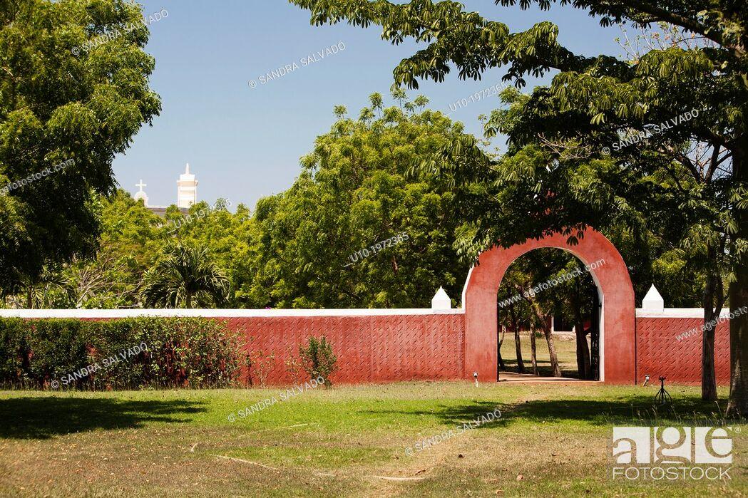 Stock Photo: Hacienda Sotuta de Peon, Tecoh, Yucatan, Mexico.