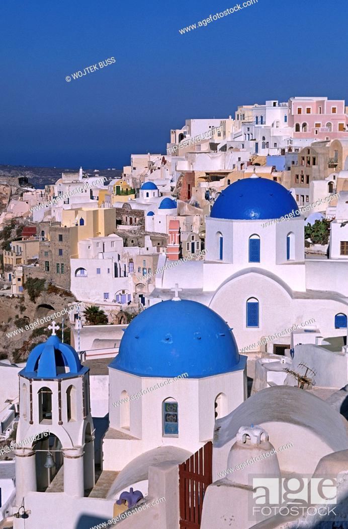 Stock Photo: Cyclades, Greece, Santorini, Village D'Oia, church.