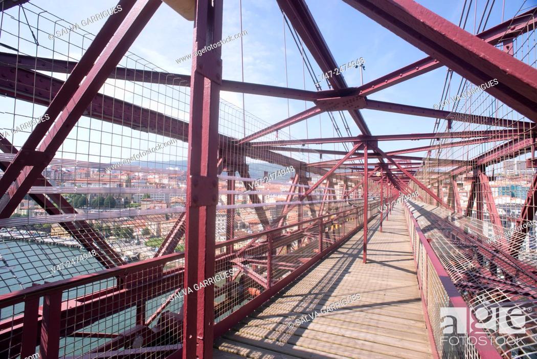 Stock Photo: Iron beams holding the upper walkway of the bridge of Vizcaya, Pais Vasco, Spain, Europe.