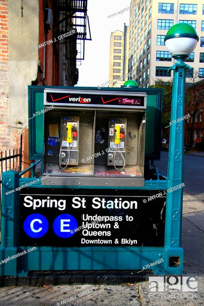 Stock Photo: USA, New York City, Manhattan, Subway station, payphone.