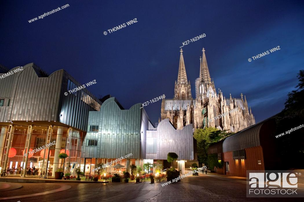 Stock Photo: Museum Ludwig and Cologne Cathedral, North Rhine-Westphalia, Germany.