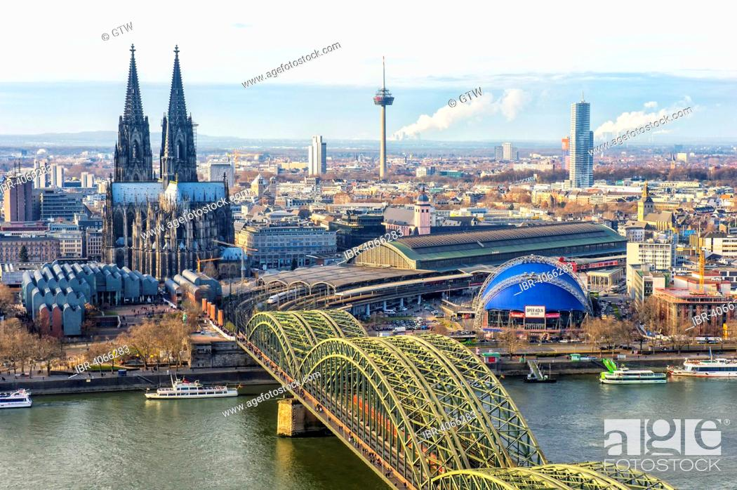 Imagen: Cologne Cathedral and Hohenzollern bridge, Cologne, North Rhine-Westphalia, Germany.