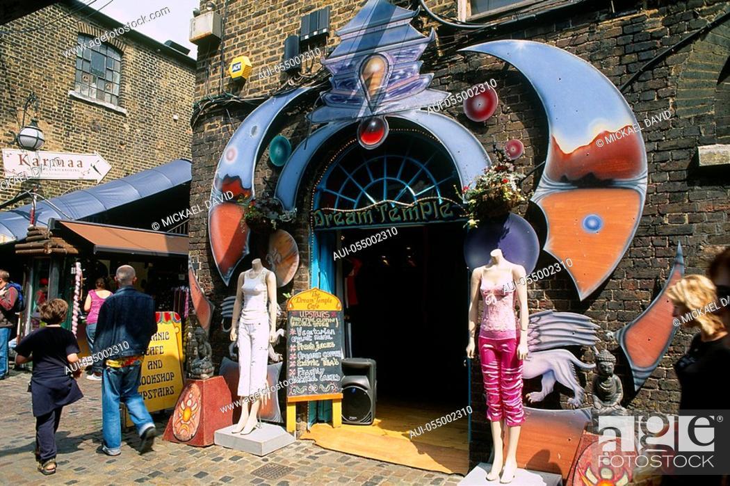 Stock Photo: England - London - Camden Town district - Camden Town and Camden Market Lock.
