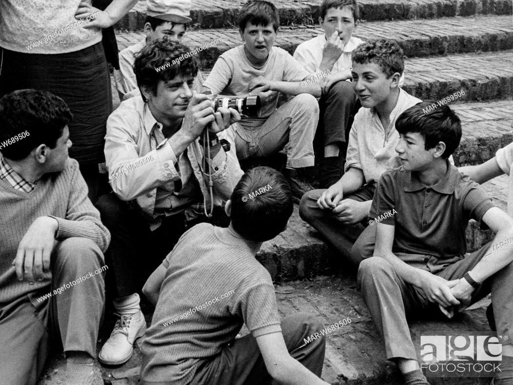 Stock Photo: giancarlo giannini, il segreto di santa vittoria, 1969.