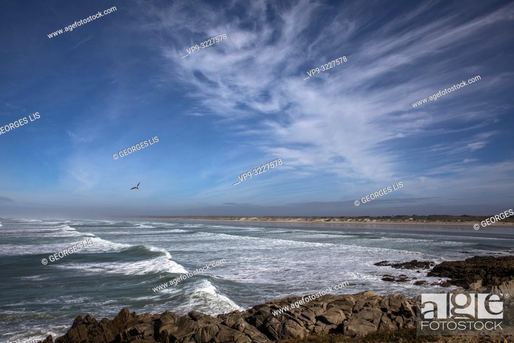 Stock Photo: waves and beach shore, Pointe de La Torche, Atlantic Ocean, Plomeur, Finistere, Bretagne France.