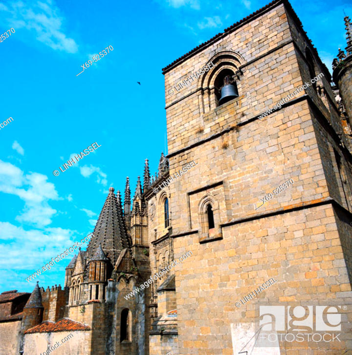 Stock Photo: Old cathedral (13th century), Plasencia. Caceres province, Extremadura, Spain.
