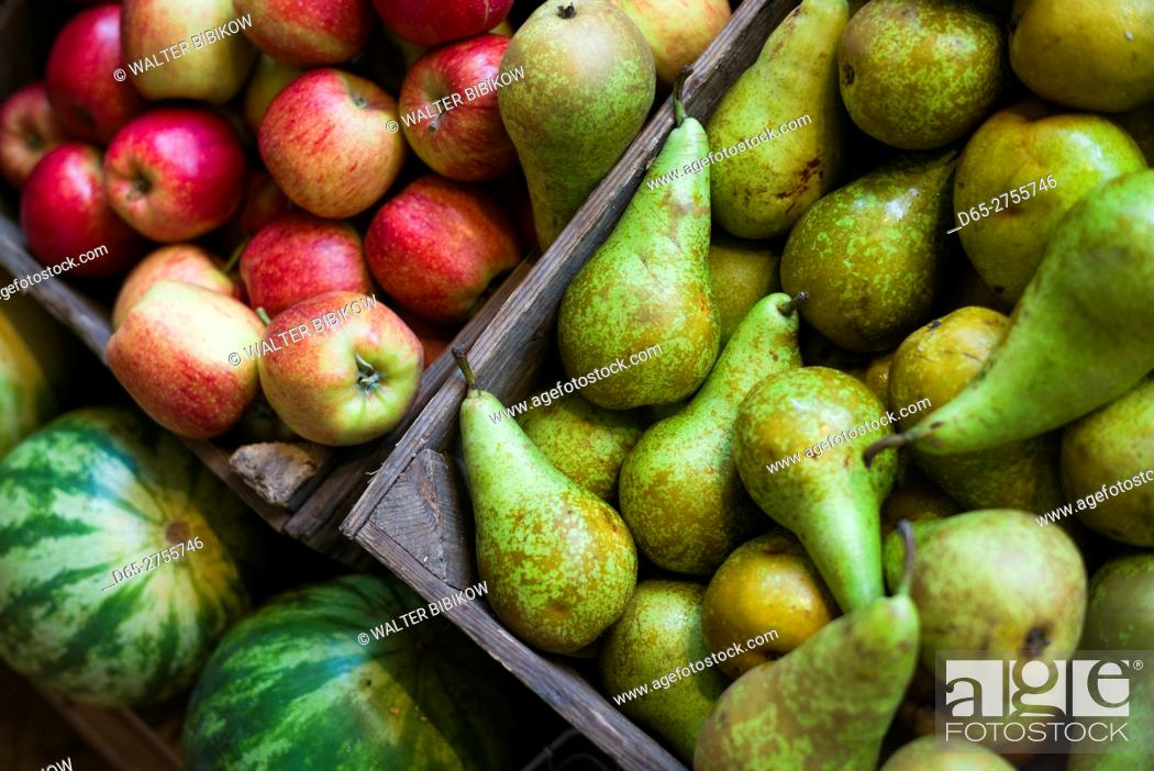 Stock Photo: Netherlands, Amsterdam, Nine Streets area, apples and pears.