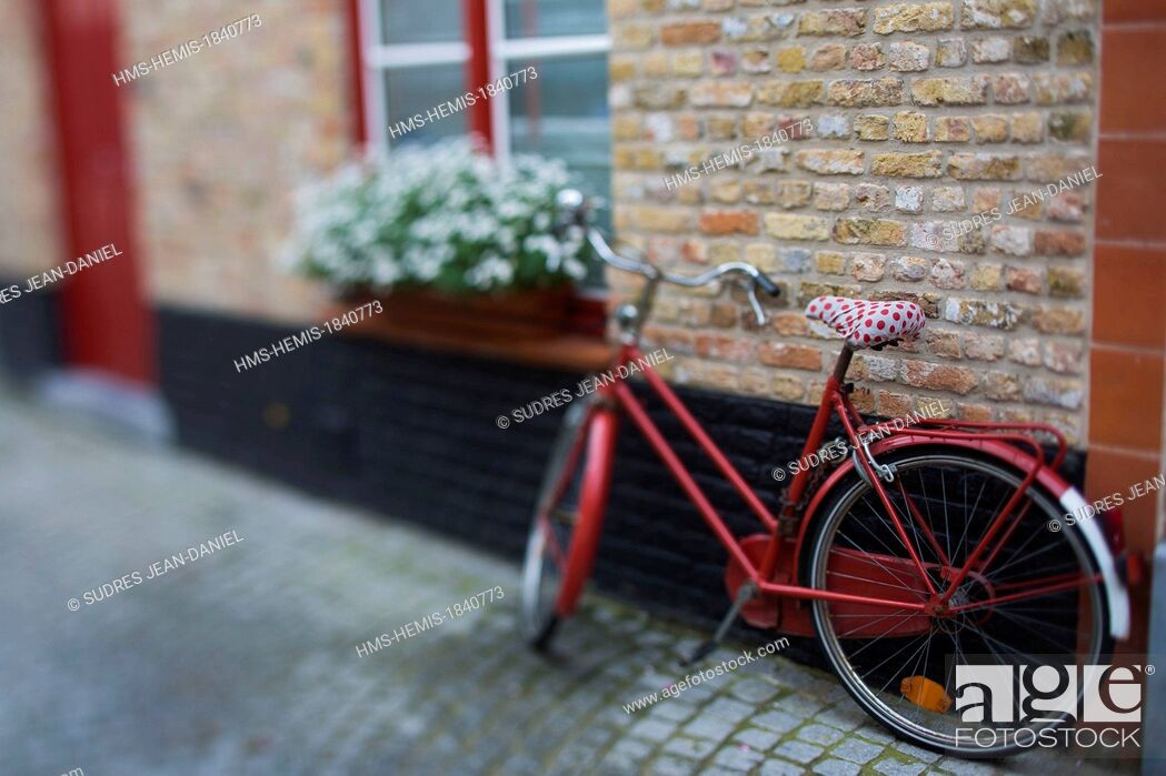 Stock Photo: Belgium, Western Flanders, Bruges, historical centre listed as World Heritage by UNESCO, flemish house.