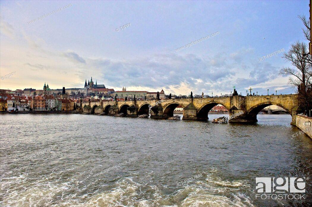 Stock Photo: Czech Republic, Prague, Charles bridge.