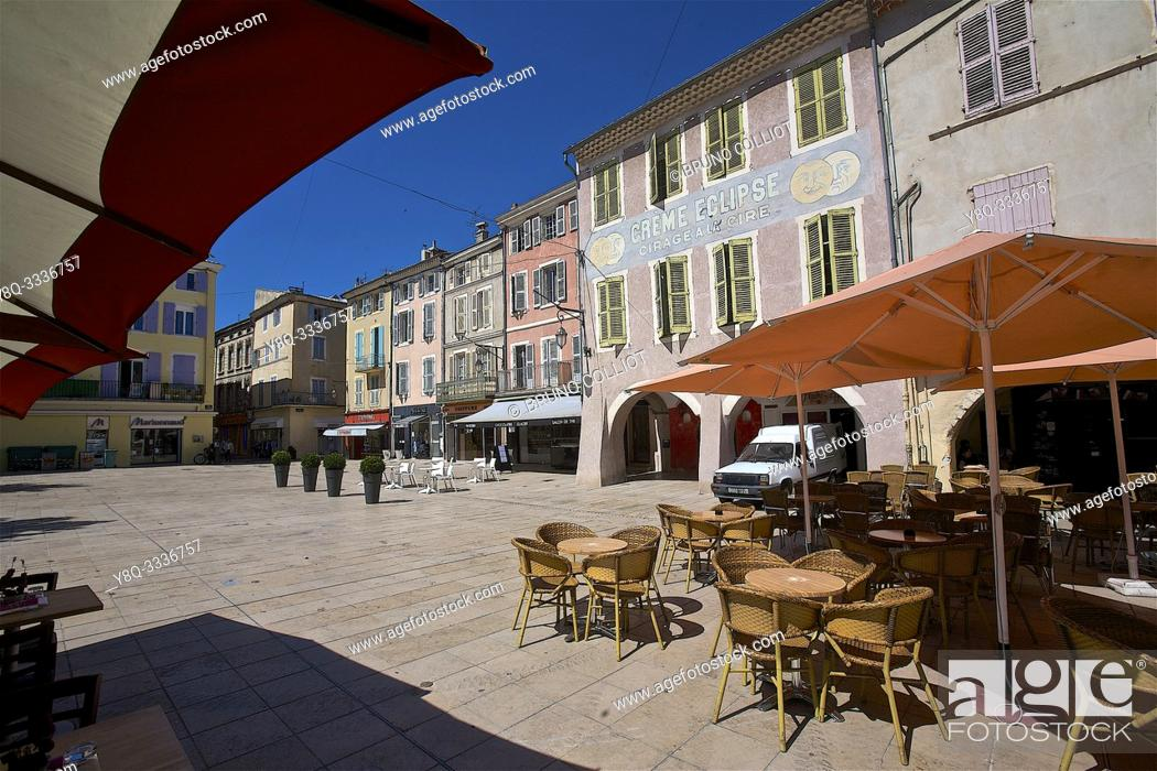 Photo de stock: Montélimar and its old facades, heritage place wheat. the drome, france.