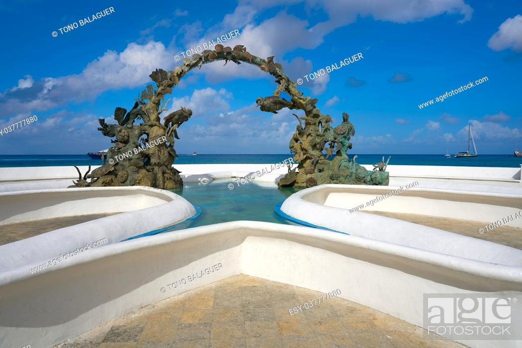 Stock Photo: Divers fountain in Cozumel at Riviera Maya of Mexico.