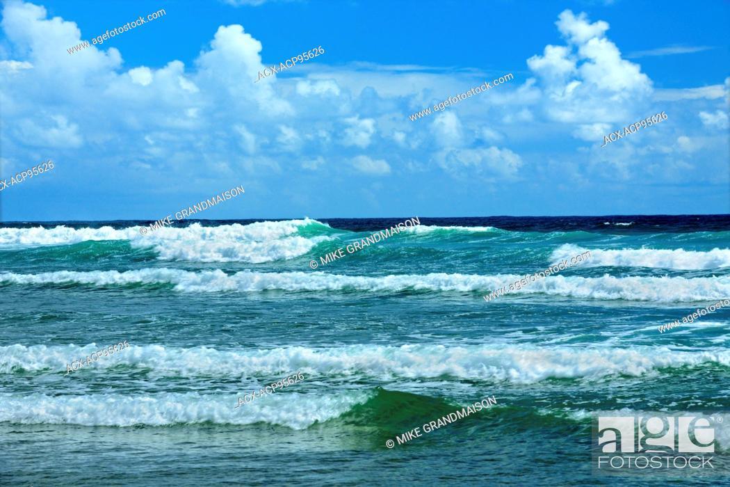 Imagen: Pacific Ocean at Long Beach, Pacific Rim National Park, British Columbia, Canada.