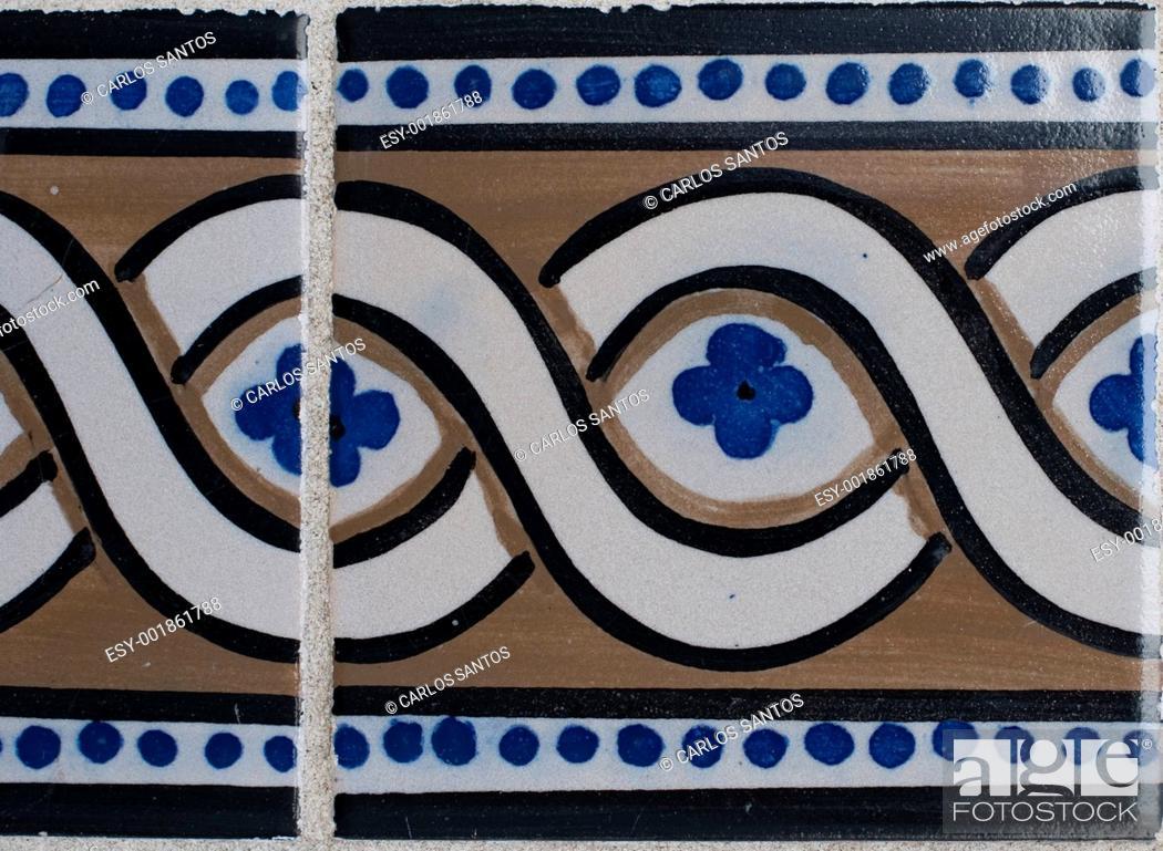 Imagen: Portuguese glazed tiles 202.