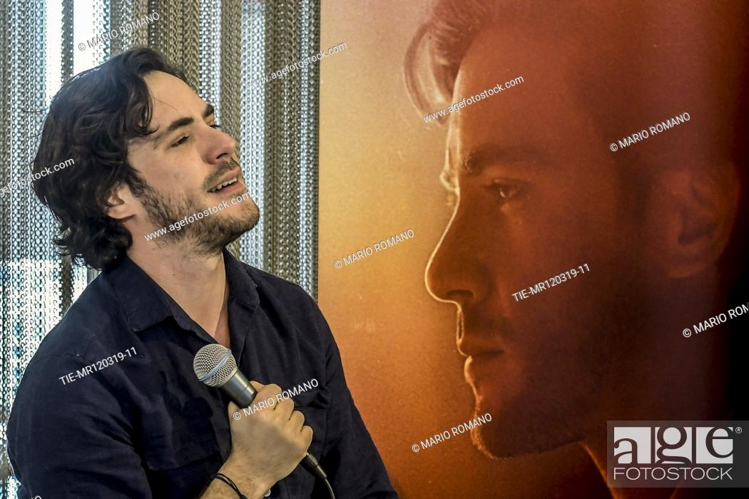 Imagen: Jack Savoretti during the presentation of new album 'Singing to strangers' in Milan, ITALY-12-03-2019.