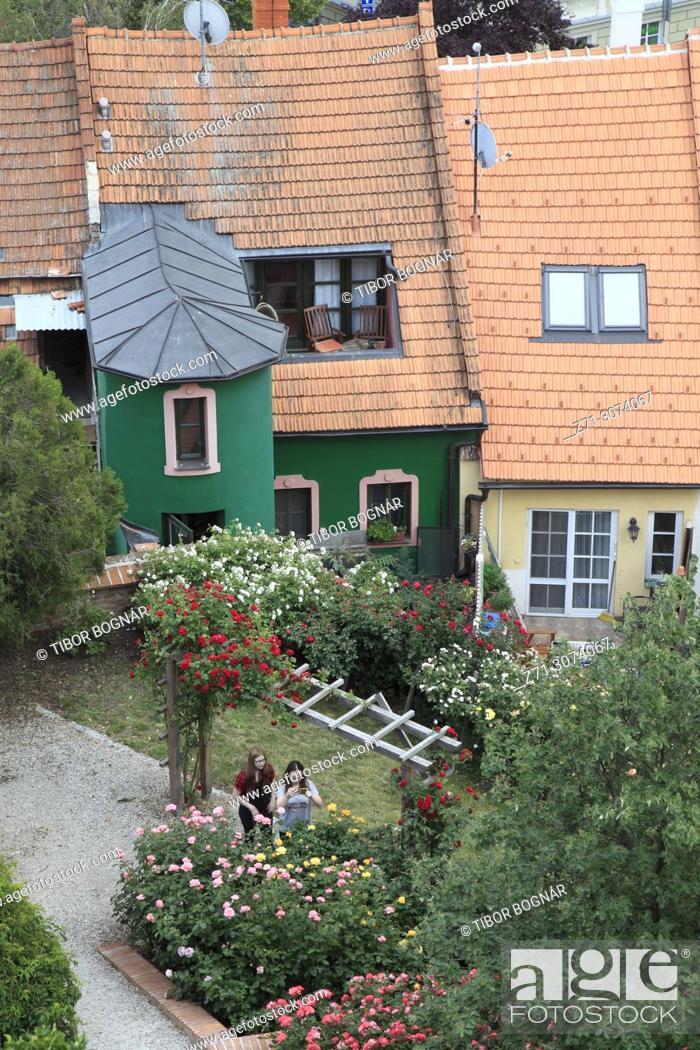 Imagen: Czech Republic, Moravia, Mikulov, houses, gardens, elevated view, .