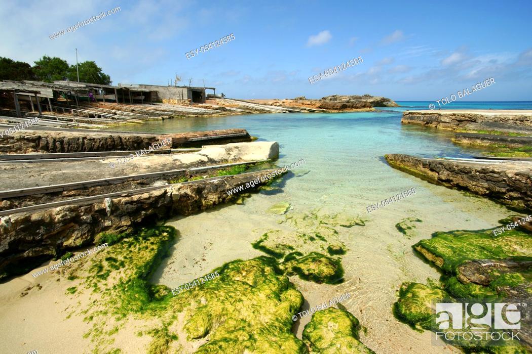 Imagen: Es Caló de Sant Agustí. Formentera. Islas Pitiusas. Baleares. España.