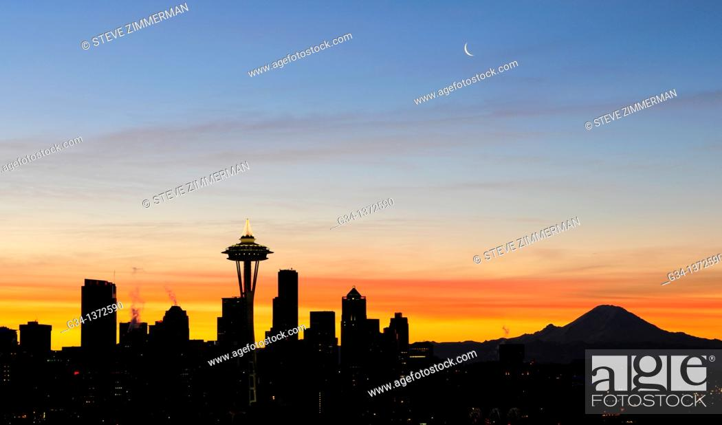 Stock Photo: Seattle Skyline at Dawn 1.