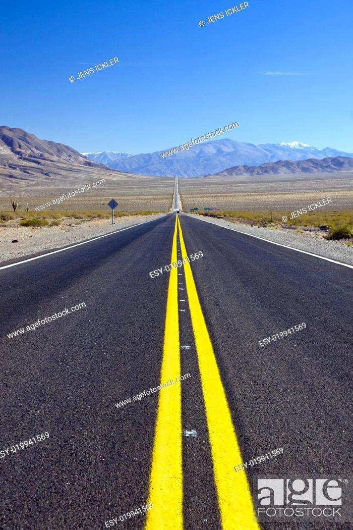 Stock Photo: La recta del Tin-Tin in Argentinien.