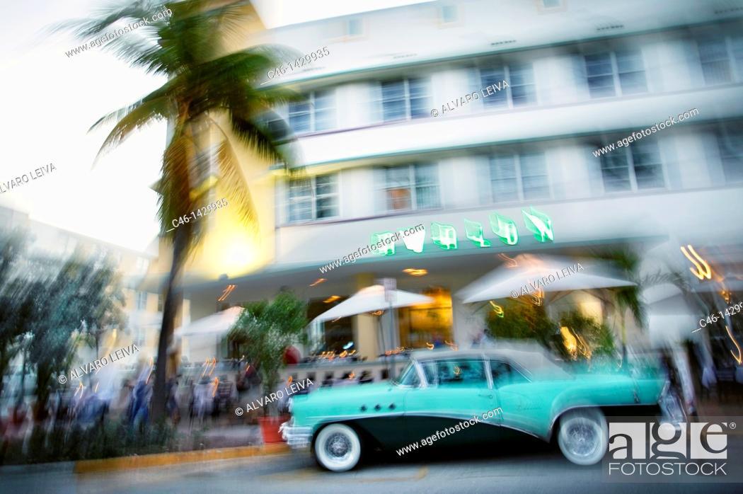 Stock Photo: Art Deco hotel, Art Deco District, Ocean Drive, Miami Beach, Florida, USA.